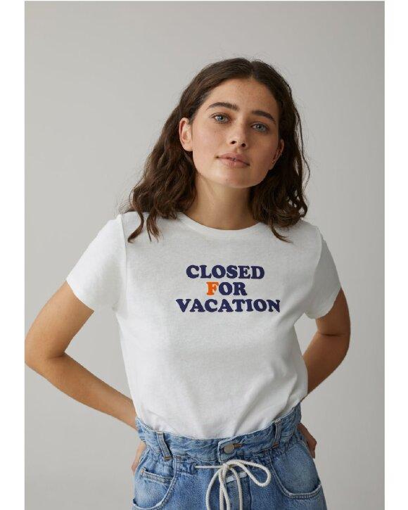 CLOSED - CLOSED Vacation T-shirt